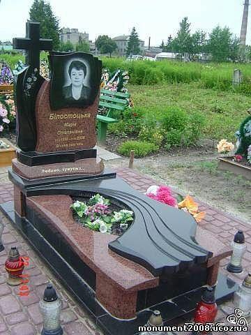 Фото надгробий и памятников из мрамора