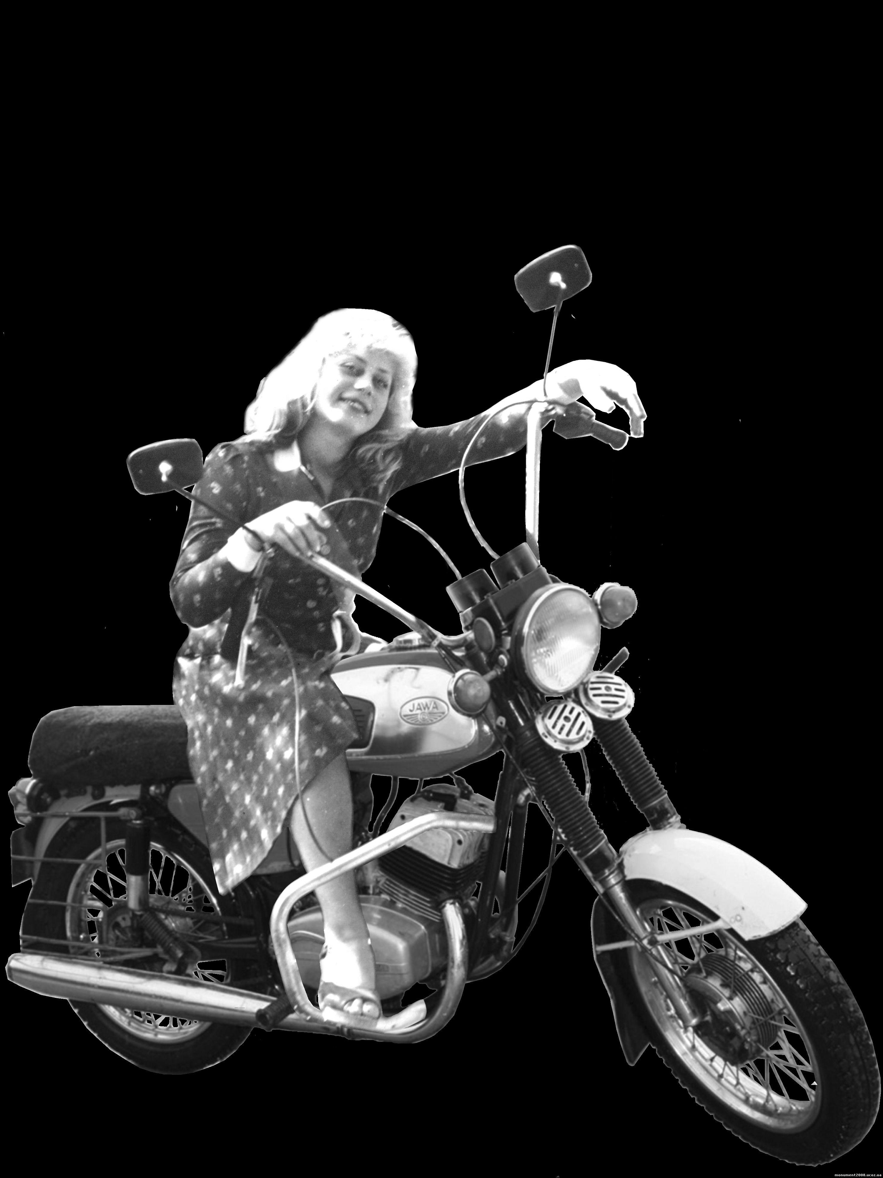 пейзаж с мотоциклом
